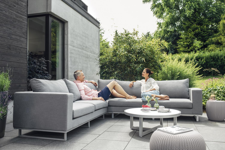 tuinmeubelen buitensalons lounge en ligzetels tuinrama. Black Bedroom Furniture Sets. Home Design Ideas