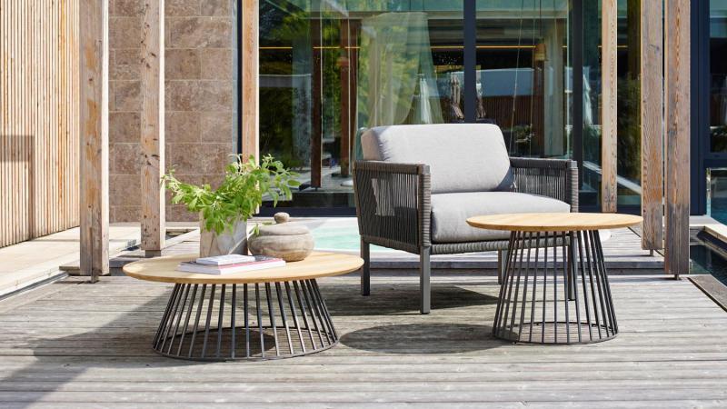 Outdoor Lounge zetel Solpuri bijzettafel teak grid