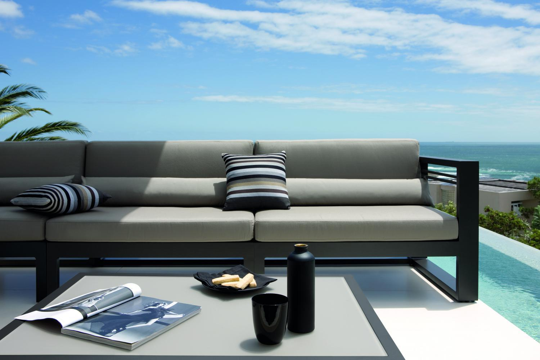 Fuse Manutti Aluminium Lounge Sunbrella outdoorkussens
